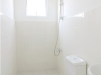 Briana House Model Toilet and Bath at Lancaster Houses Cavite